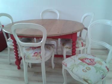 pink leg table 1